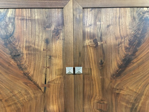 WaterWoods Custom Furniture matching cabinet woodgrain 300px
